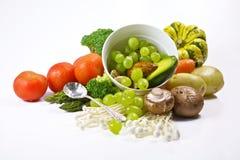 Legumes frescos e fruta - orgânicos & saudáveis Fotografia de Stock Royalty Free