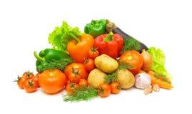 Legumes frescos e verdes em um fundo branco Fotos de Stock Royalty Free