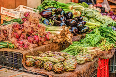 Legumes frescos em um mercado em Palermo Fotos de Stock Royalty Free