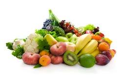 Legumes frescos, fruta e ervas. Fotos de Stock
