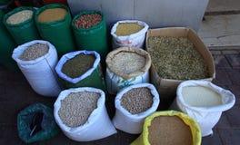 Legumes i ziarna dla sprzedaży w Ramallah Fotografia Royalty Free