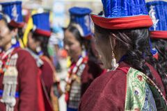 LEH, ÍNDIA - 20 DE SETEMBRO DE 2017: Artistas não identificados em Ladakhi Fotografia de Stock