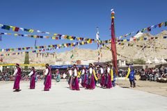 LEH, ΙΝΔΊΑ - 20 ΣΕΠΤΕΜΒΡΊΟΥ 2017: Μη αναγνωρισμένοι καλλιτέχνες σε Ladakhi Στοκ φωτογραφία με δικαίωμα ελεύθερης χρήσης