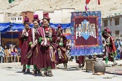 LEH, ИНДИЯ - 20-ОЕ СЕНТЯБРЯ 2017: Неопознанные художники в Ladakhi Стоковая Фотография RF
