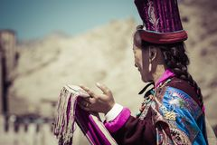 LEH, ИНДИЯ - 20-ОЕ СЕНТЯБРЯ 2017: Неопознанные художники в Ladakhi Стоковое Изображение RF