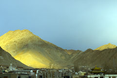 Leh City in the background of moutains Stock Photography