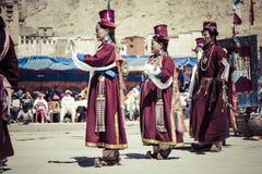 LEH, INDIA - SEPTEMBER 20, 2017: Niet geïdentificeerde kunstenaars in Ladakhi Royalty-vrije Stock Foto's