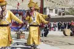 LEH, INDIA - SEPTEMBER 20, 2017: Niet geïdentificeerde kunstenaars in Ladakhi Stock Afbeeldingen