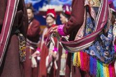 LEH, INDIEN - 20. SEPTEMBER 2017: Nicht identifizierte Künstler in Ladakhi Stockbilder