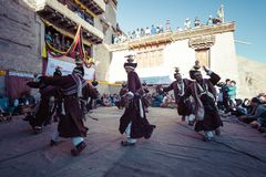 LEH INDIEN - SEPTEMBER 20, 2017: Oidentifierade konstnärer i Ladakhi Arkivbilder