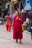 LEH, LA INDIA 3 DE SEPTIEMBRE: Monje budista3, 2011 en Leh, la India. BU Imagen de archivo libre de regalías