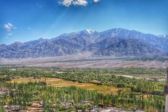 leh ladakh en blauwe hemel Stock Fotografie