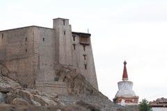 Leh pałac w miasteczku obrazy royalty free