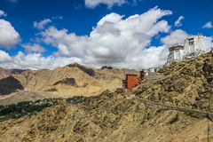 Leh Royal Palace και βουδιστικό ναός-Ladakh, Ινδία Στοκ Φωτογραφίες