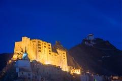 Leh slott med skymninghimmel Arkivfoto