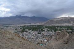 Leh stad från Namgyal Tsemo Gompa Fotografering för Bildbyråer