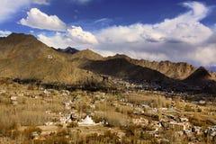 Leh stad (staden av gompas) Arkivbild