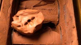 Lehm, der Mischmaschine bildet stock video