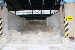 Lehm modrice Reserven in der Fabrik stockfotos