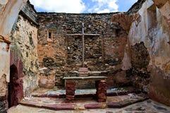Lehmkirche verlassen lizenzfreie stockfotografie
