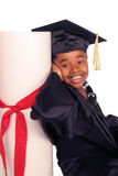 Lehnen auf ihrem Diplom Lizenzfreie Stockbilder