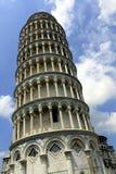 Lehnender Kontrollturm in Pisa Lizenzfreies Stockfoto