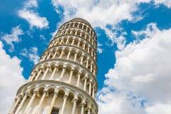 Lehnender Kontrollturm in Pisa, Italien Stockbilder