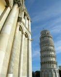 Lehnender Kontrollturm von Pisa, Italien Lizenzfreie Stockfotos