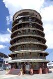 Lehnender Kontrollturm von Teluk Intan Stockfotografie