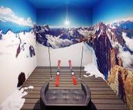 Lehnsessel und Ski Lizenzfreies Stockfoto