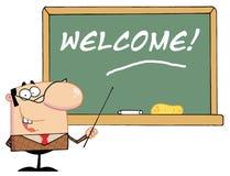 Lehrer, der auf eine willkommene Tafel zeigt Stockbild