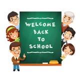 Lehrer Points zur Tafel mit Willkommen zurück Stockbilder