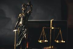 Lei e justiça fotos de stock