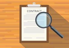 Leia o contrato completo na prancheta Imagens de Stock