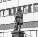 Leibniz Denkmal Leipzig Arkivbild