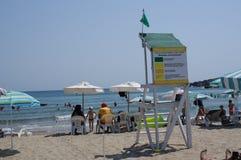 Leibwächter auf einem Strand in Bulgarien Stockbild