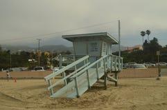 Leibwächter-Stand On Malibu-Strand Architektur-Natur-Landschaft stockfoto