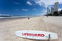 Leibwächter-Surf Board Gold-Küste Australien stockfotografie