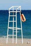 Leibwächterkontrollturm auf dem Strand Lizenzfreies Stockbild
