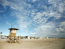 Leibwächterkontrollturm am Newport-Strand, Kalifornien Stockfotos
