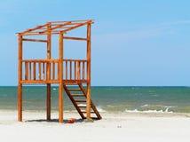 Leibwächterstation auf dem Strand Stockbild