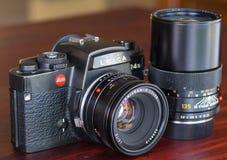 Leica R4S med deras lins i naturligt ljus Royaltyfria Foton
