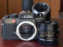 Leica R4S med deras lins i naturligt ljus Arkivfoto
