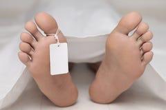Leiche an einem Leichenschauhaus Stockfoto