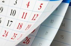 Leicht schlagen von zwei Kalenderblättern Lizenzfreie Stockbilder