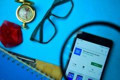 Leid Beginscherm dev app met het overdrijven op Smartphone-het scherm royalty-vrije stock fotografie