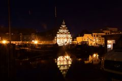 Leiden w holandiach nocą Fotografia Stock