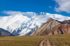 Leininpiek, mening van Basiskamp 1, de bergen van Pamir Royalty-vrije Stock Foto