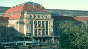 LEIPZIG, ALLEMAGNE - 1ER MAI 2018 Promenaden Hauptbahnhof ou centre commercial central de gare ferroviaire Photo stock