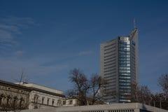 Leipzig panoramy wierza Highrise drapacza chmur niebieskie nieba Outdoors G zdjęcia stock